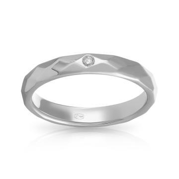 Кольцо обручальное из серебра с бриллиантом