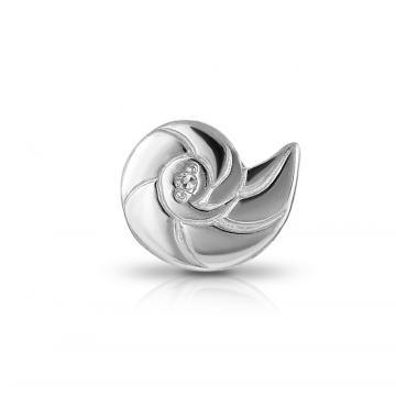 Серьга-пусета Ракушка из серебра с бриллиантом